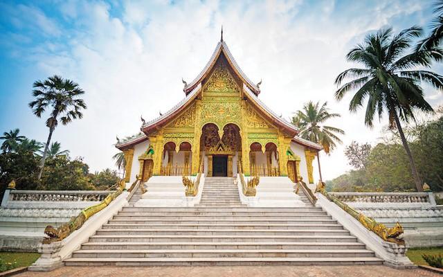 Luang-Prabang-Royal-Palace,-Laos-copy
