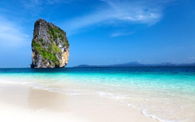 Poda-island-in-Krabi-Thailand_tropicallife