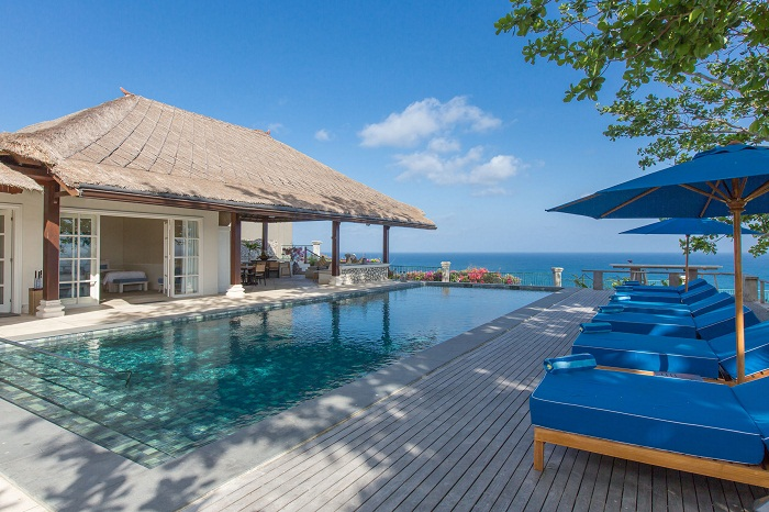 villa-karangputih_Ocean-Bliss-Pool-Area-6974_tropicallife