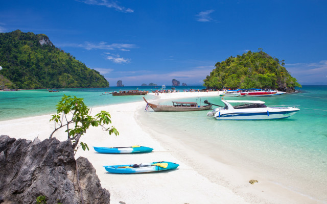 Phi-Phi-south-of-Thailand_tropicallife