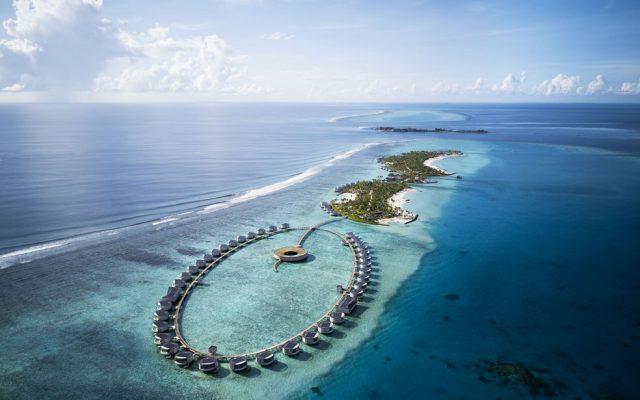 The Ritz-Carlton Maldives, Fari Islands - Aerial copy