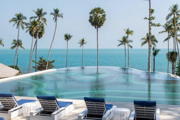 USMRK_P0039 Main Pool Sun Bed